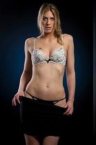 Striptease jentina small